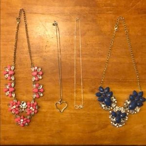 Jewelry - ❗️Package deal❗️4 necklaces